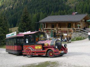 Taxi im Nikolaustal Nähe Fassatal